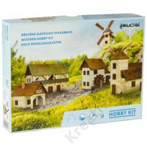 Építős játékok Magtár faház makett