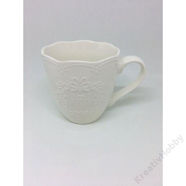 Porcelán bögre csipkemintás